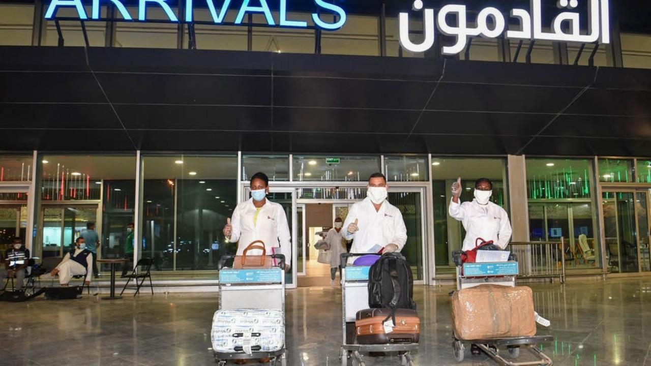 الكويت تحظر السفر إلى عدد من الدول بسبب الجائحة