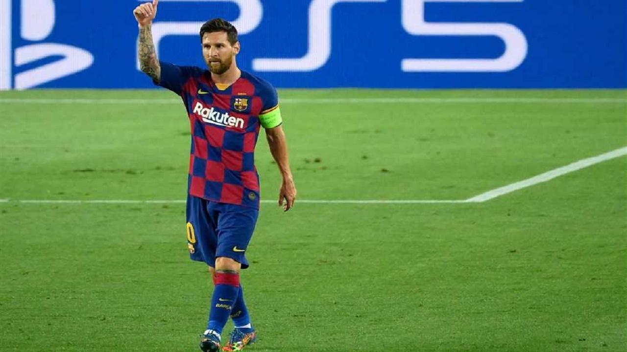 ميسي يبلغ إدارة برشلونة بالرحيل