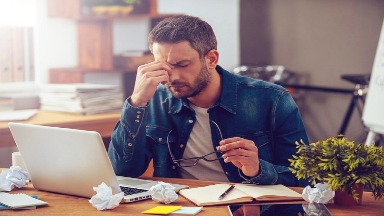 عادات يومية شائعة تهدد صحة الدماغ وتسبب الزهايمر