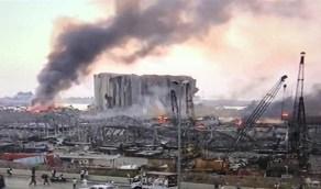 بالفيديو.. محلل  استراتيجي يكشف أسباب إشارة احد اللبنانيين إلى السماء قبل الإنفجار