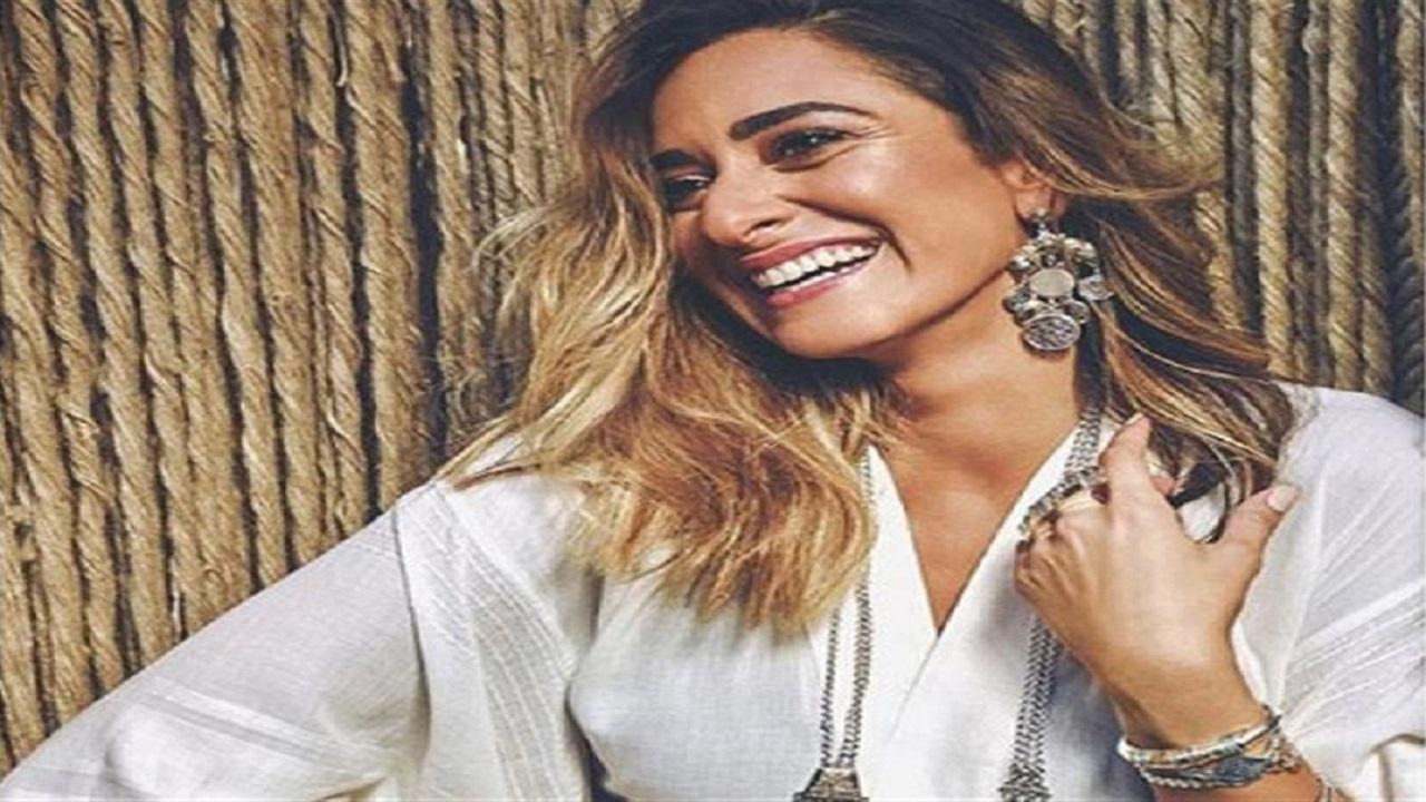 أمينة خليل ترد على الإنتقادات: أرفض التدخل في حياتي الشخصية