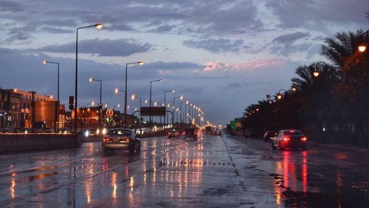 الحصيني: أمطار على الرياض وعدة مناطق أخرى