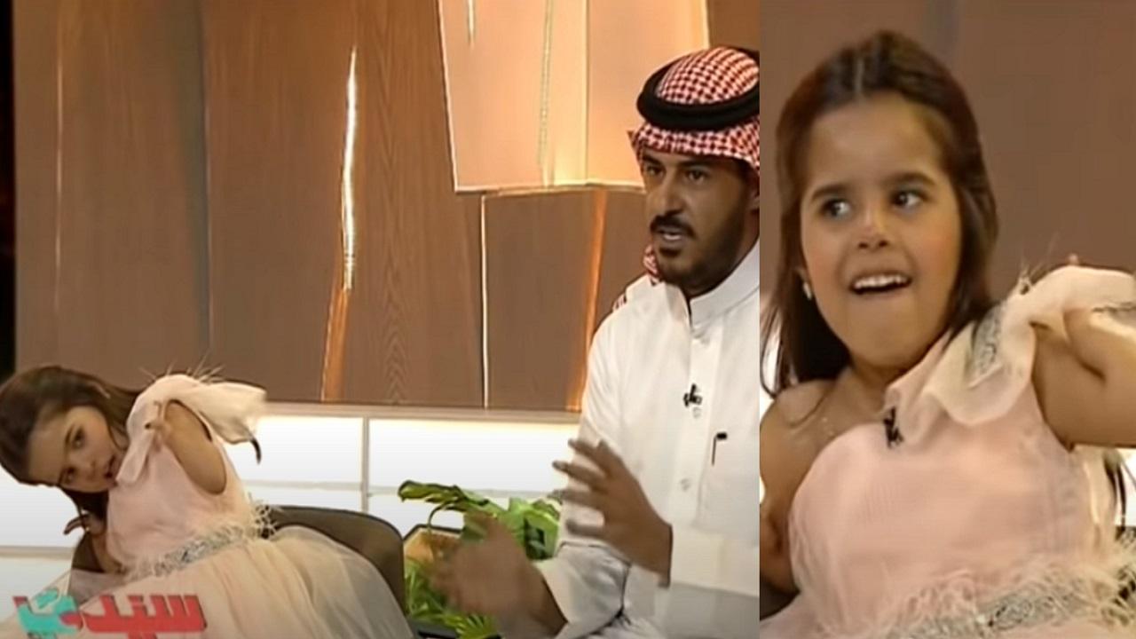 بالفيديو..طرفة عبدالعزيز الفوزان تبرع في السباحة والرسم دون ذراعين
