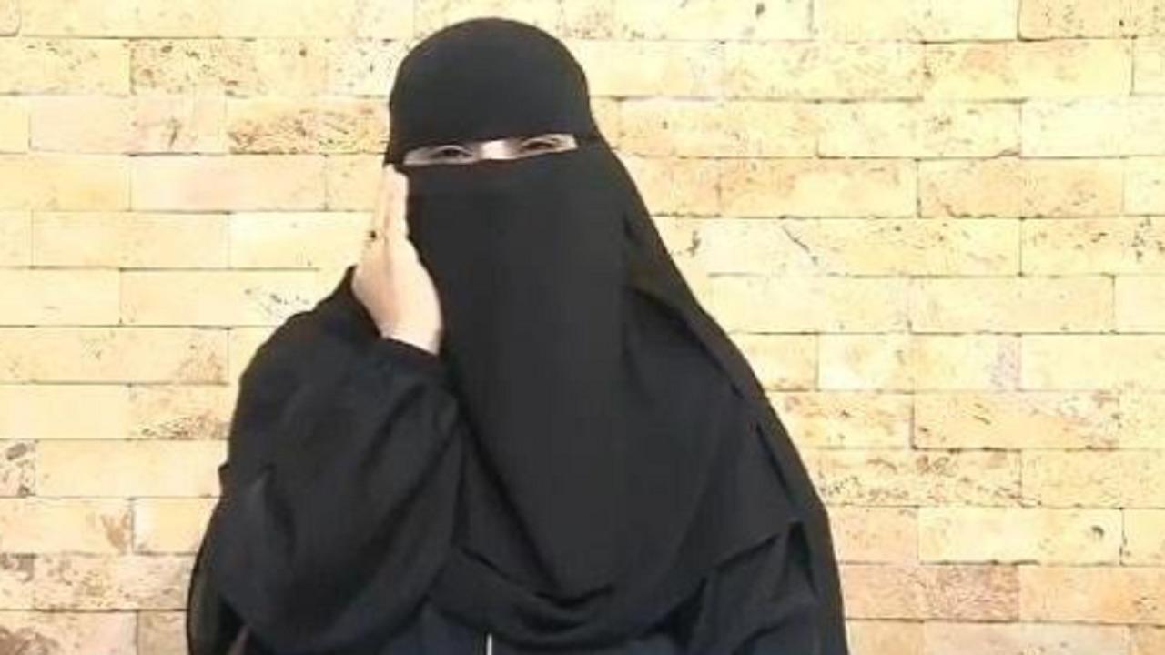 """""""فزعة السعوديين"""" تنقذ صاحبة مقهى الأحساء من الخسارة(فيديو)"""