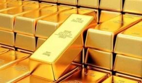 الذهب يلامس أقل مستوى في 6 أسابيع تحت ضغط الدولار القوي