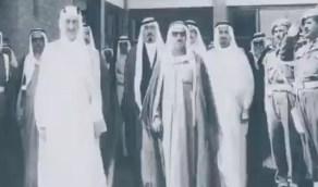 بالفيديو.. أمير الكويت الراحل مع ملوك المملكة