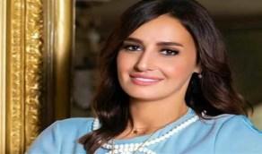 حلا شيحة تحذف صورها العارية بعد الارتباط بالداعية معز مسعود