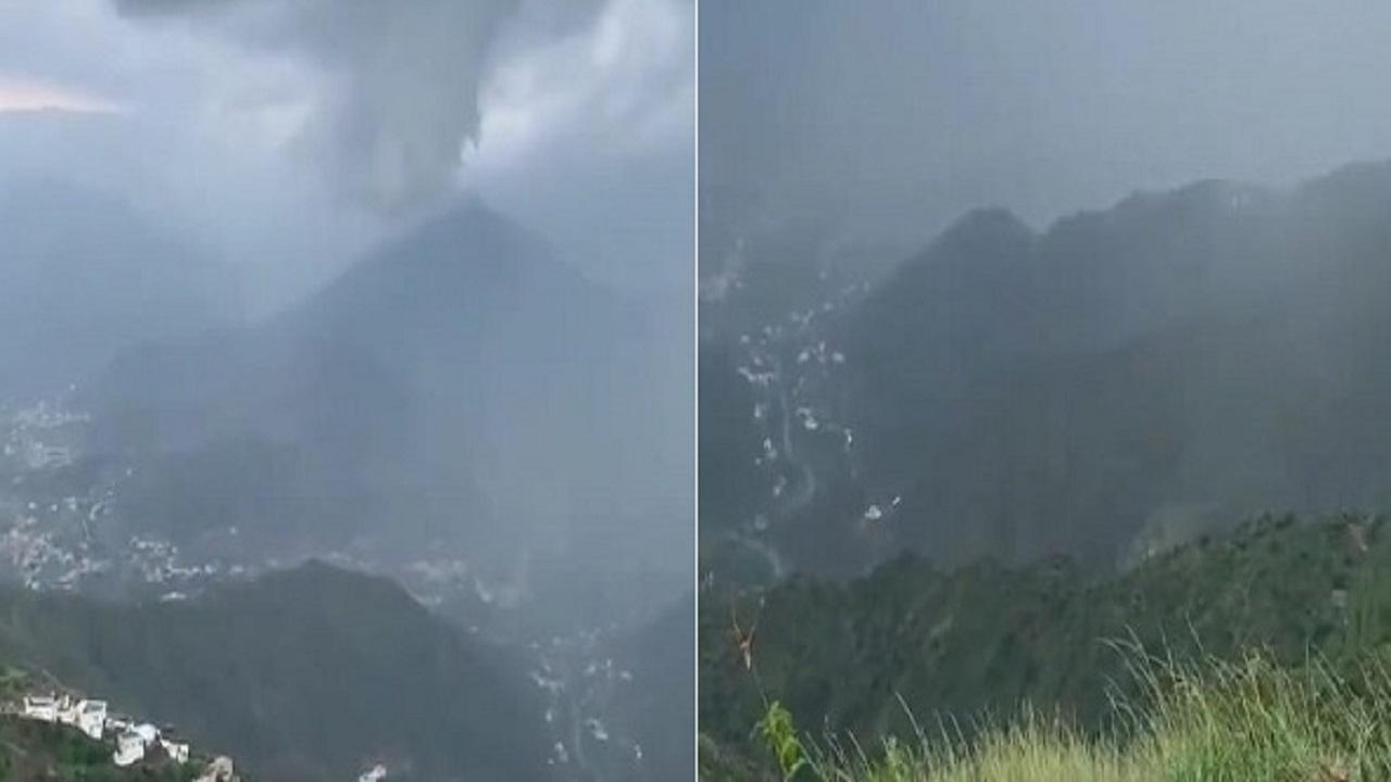 بالفيديو .. مشاهد ساحرة أثناء هطول الأمطار على رجال ألمع اليوم