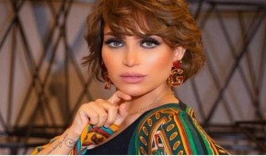 بالفيديو.. بغبغاء الدكتورة خلود يضعها في موقف محرج