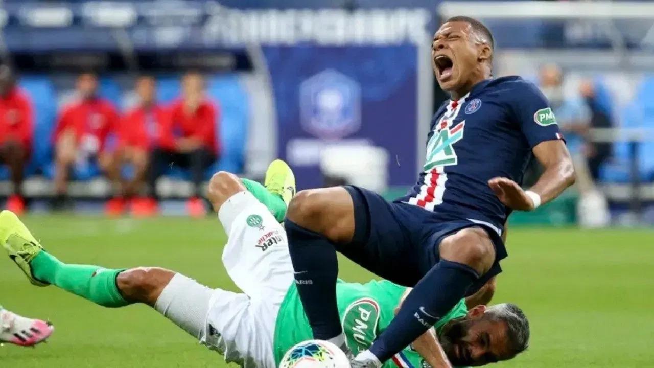 """""""كورونا"""" يصيب مبابي ويعمق خسائر فرنسا قبل مواجهة كرواتيا"""