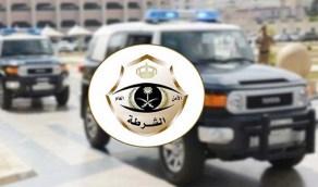 القبض على 3 متهمين انتحلوا صفة رجال أمن واستولوا على 120 ألف ريال بالرياض