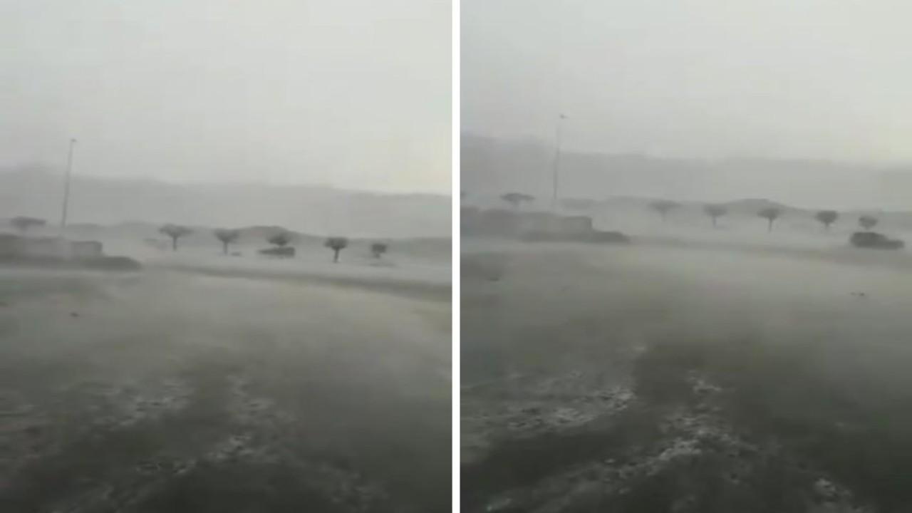 بالفيديو.. أمطار غزيرة تسود أجواء مكة المكرمة