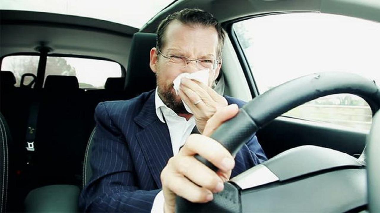 بحبوب القهوة ومعطر الهواء تخلص من رائحة البنزين