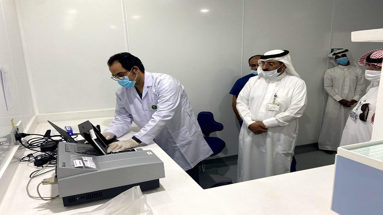 المهندس عبدالله الويمني  يتفقد مختبر التشخيص البيطري بمنطقة عسير