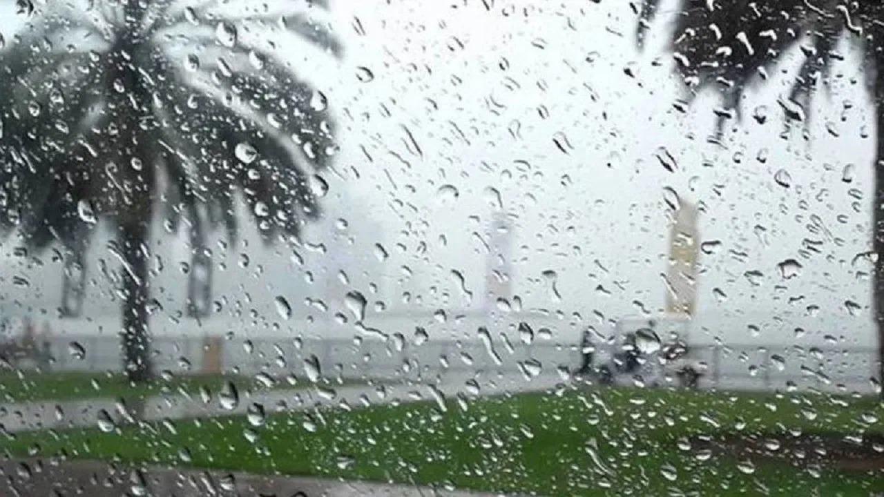 الحصيني: أمطار مصحوبة بحبات البرد على 5 مناطق