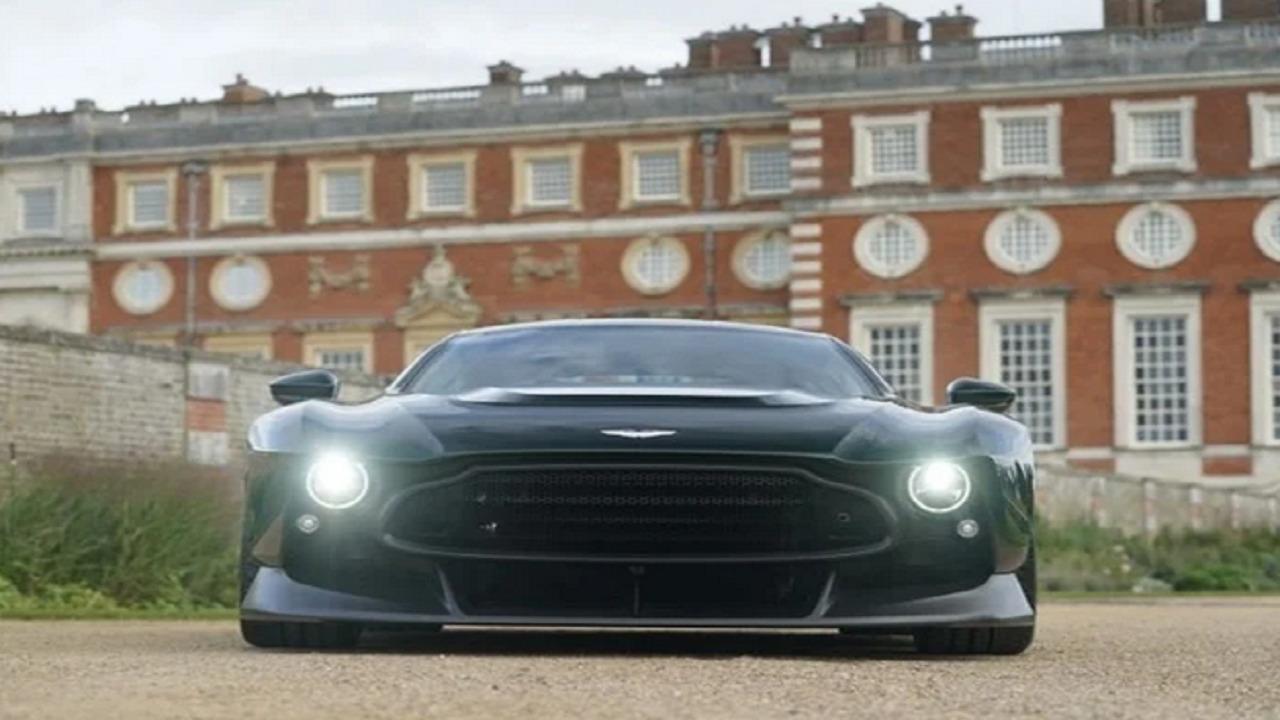شركة استون مارتن تُزيح الستار عن سيارة فريدة من نوعها (صور)