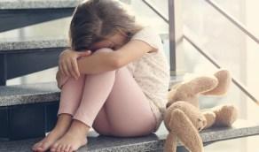 5 أعراض تنذر بإصابة طفلك بالإكتئاب