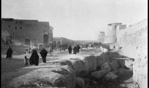 صورة لأحد شوارع الهفوف التقطت عام 1924م