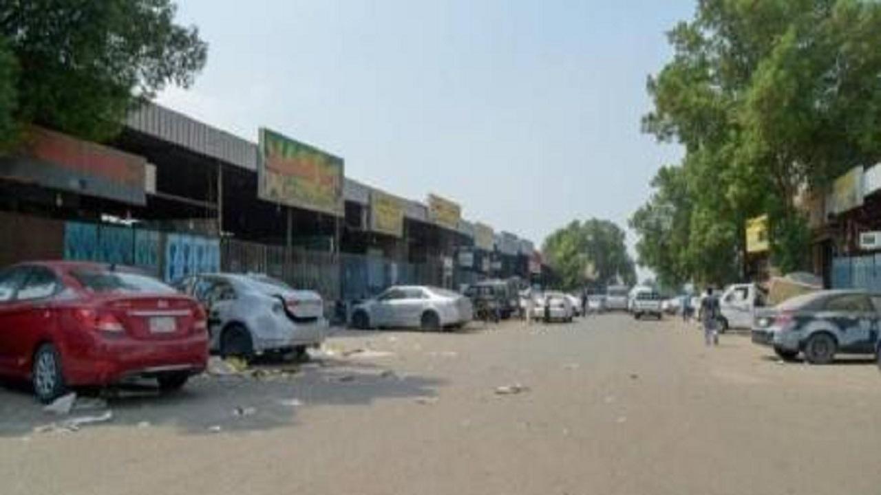 فصل الكهرباء عن ورش ومحلات شارعي الإسكان والمحجر بجدة