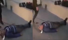 بالفيديو..وفاة تركي يعاني نوبة قلبية أمام مستشفى رفضت استقباله