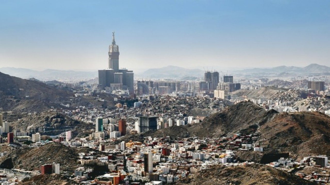 مكة تواصل تسجيل أعلى عدد إصابات بفيروس كورونا في المملكة