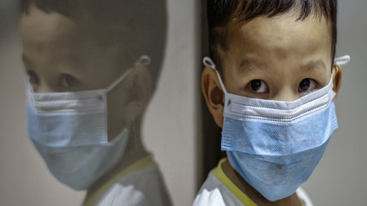 اكتشاف أعراض غير شائعة تدل على إصابة الأطفال بكورونا