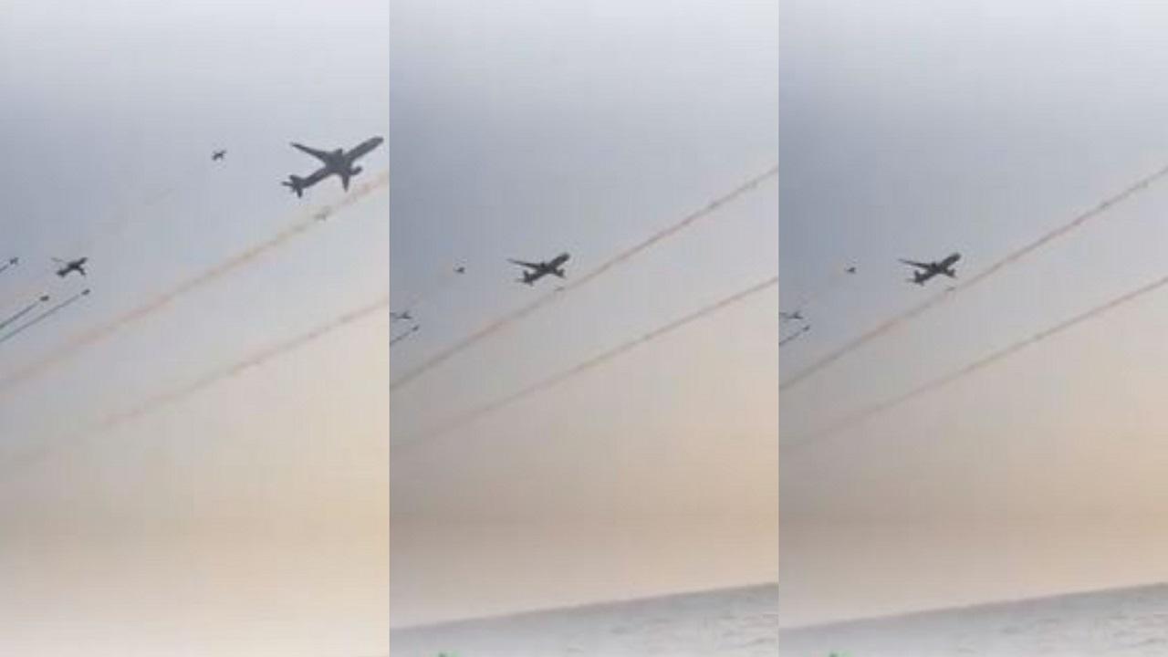 شاهد.. عرض طائرات يحبس الأنفاس في سماء جدة احتفالا باليوم الوطني