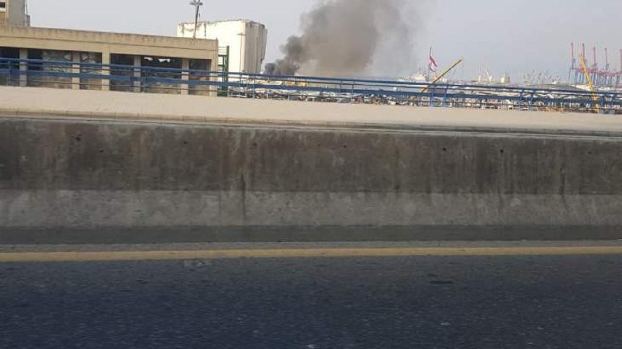 بالفيديو.. حريق جديد في مرفأ بيروت
