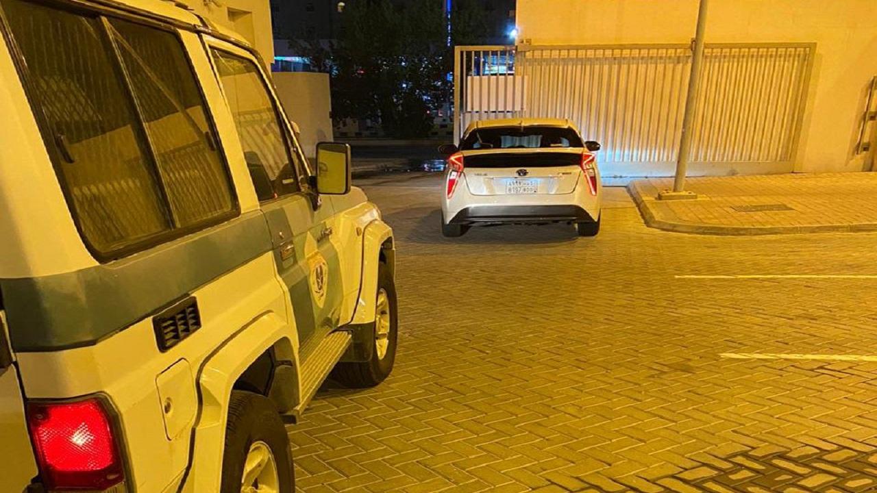 القبض على قائد صفّ مركبته على رصيف كورنيش جدة