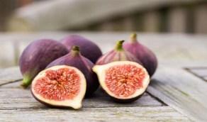 وصفة التين والليمون لشد الجفون المترهلة