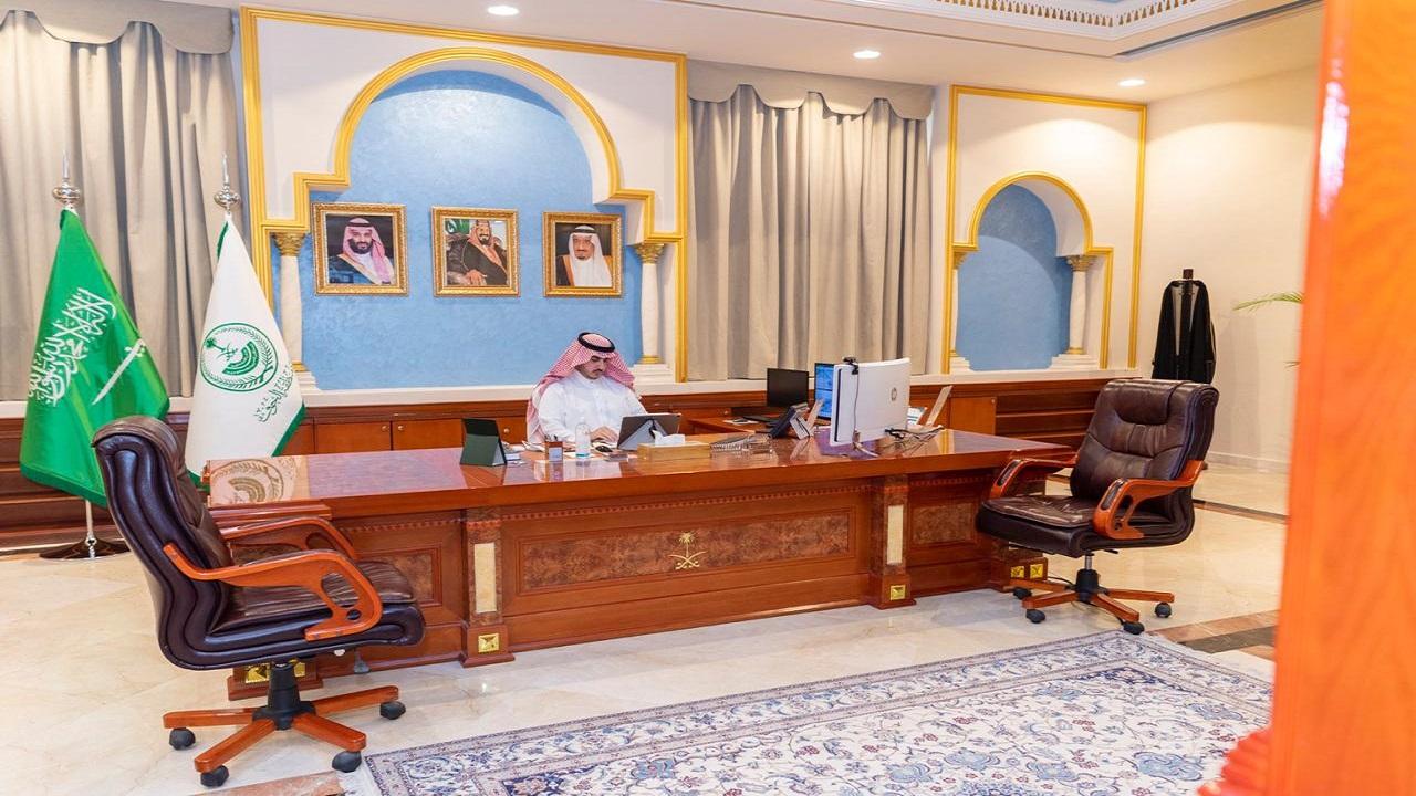 أمير الجوف يرأس اجتماع اللجنة العليا للتوطين عبر الاتصال المرئي