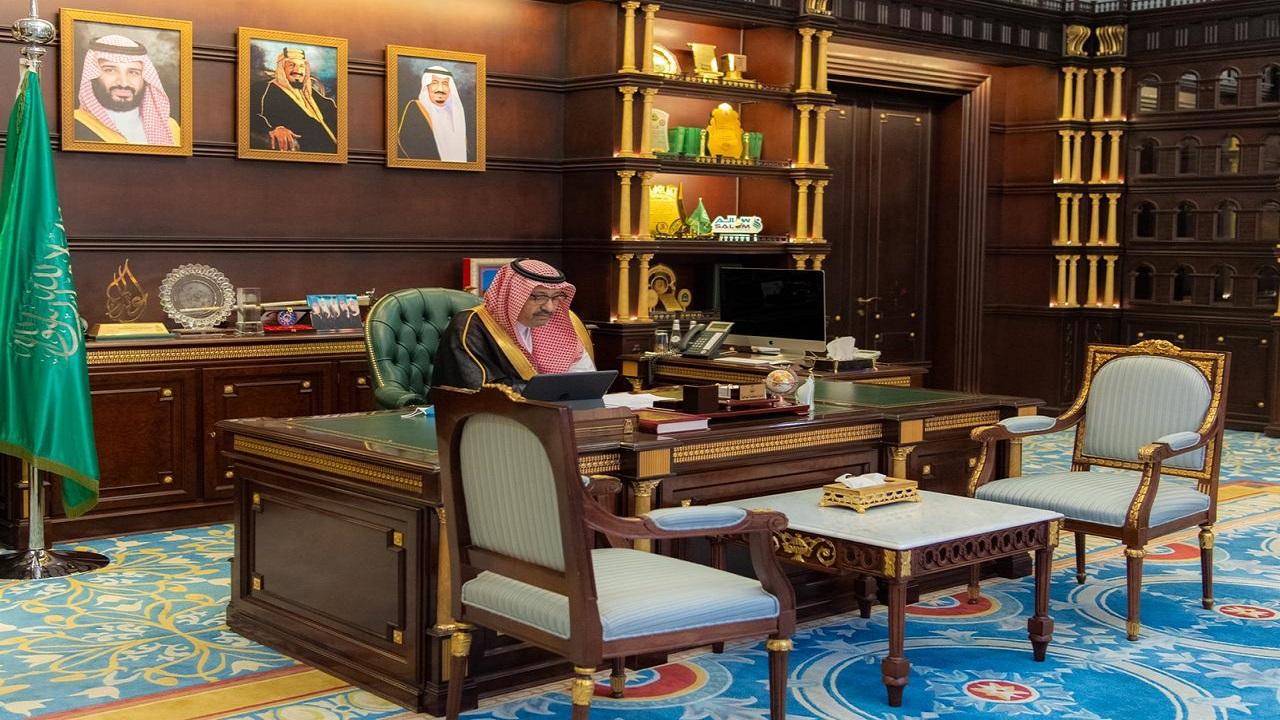 """أمير منطقة الباحة يدشن نظام """"المسعف الإلكتروني"""" عبر الاتصال المرئي"""