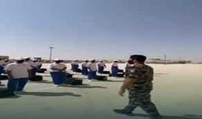 بالفيديو.. قوات أمن المنشآت تستقبل الطلاب الجدد وتطبق الإجراءات الإحترازية