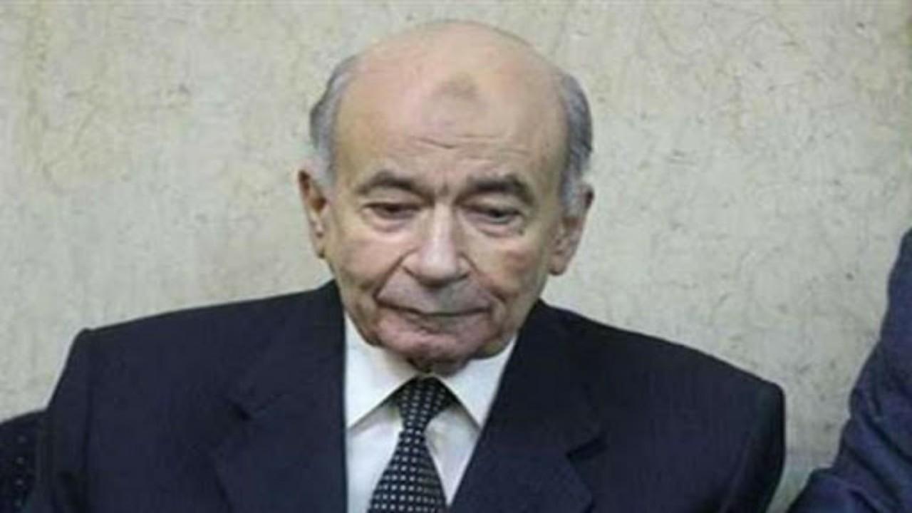 تفاصيل جديدة عن المبيدات المسرطنة في عهد مبارك بعد وفاة يوسف والي