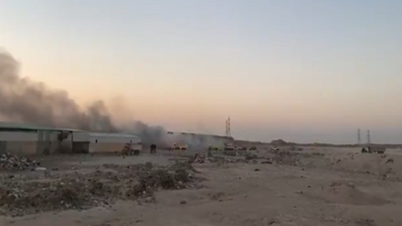بالفيديو .. نشوب حريق في مردم بلدية عنيزة