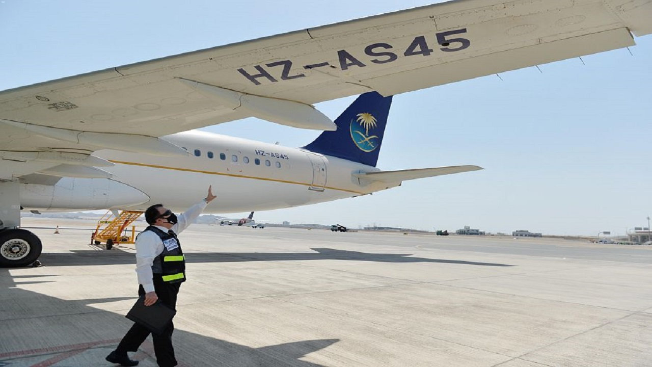 """""""الطيران المدني"""" توضح شروط إصدار شهادة صلاحية الطيران"""