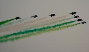 بالصور.. سماء جدة تشهد عروضاً جوية ابتهاجاً باليوم الوطني
