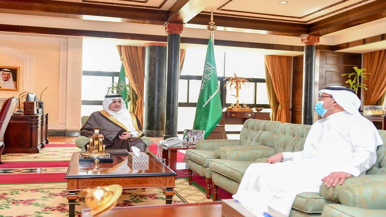 أمير تبوك يستقبل رئيس مجلس إدارة جمعية التوحد بالمنطقة