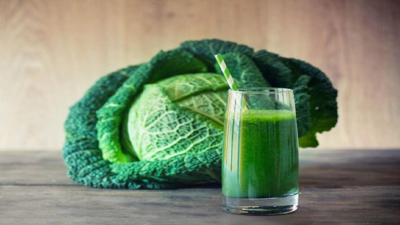"""تأثير عجيب لعصير """"الملفوف"""" على صحة الجسم"""