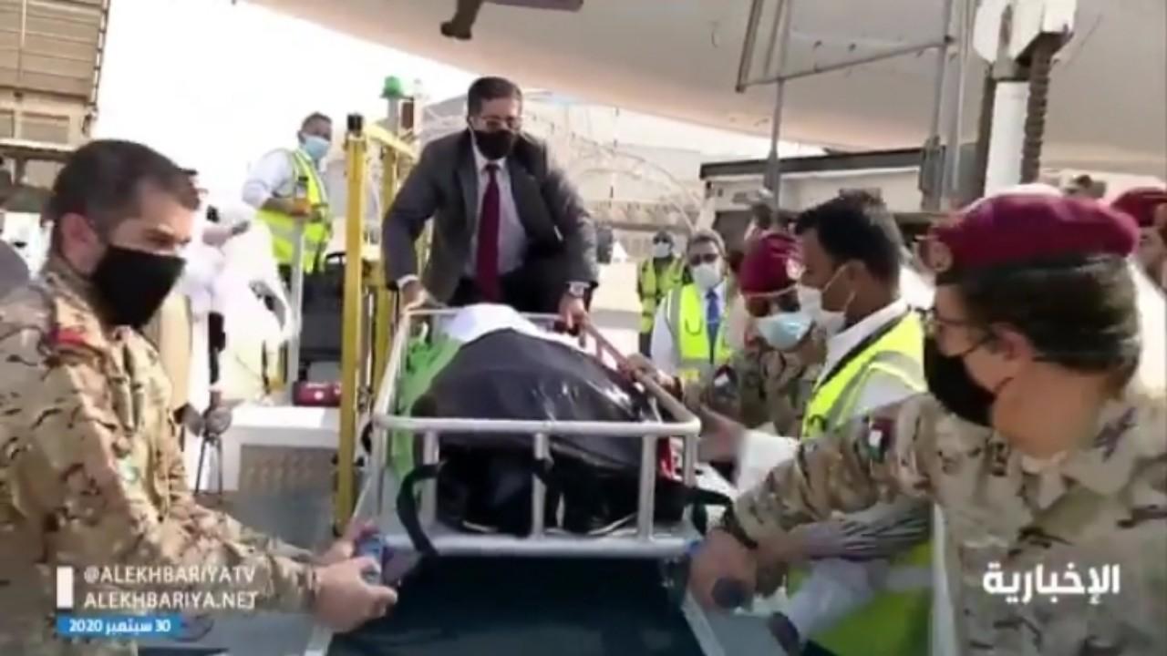 بالفيديو.. نقل جثمان الشيخ صباح إلى مسجد بلال بن رباح لأداء صلاة الجنازة
