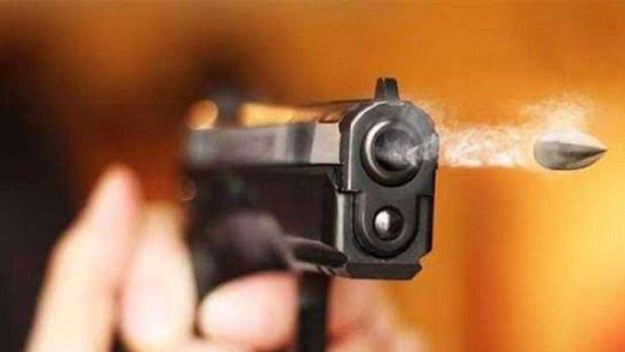 ضائقة مالية تدفع رجل أعمال للانتحار بالرصاص في بث مباشر