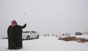 """""""الزعاق"""" يكشف موعد شدة الشتاء"""