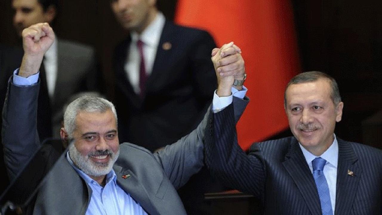 تعليق حماس على تطبيع البحرين يفضح تلونها كالحرباء