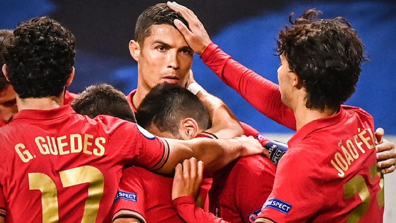 رونالدو يُسقط السويد في ليلة تاريخية.. وفرنسا تٌطيح بكرواتيا في دوري الأمم الأوروبية