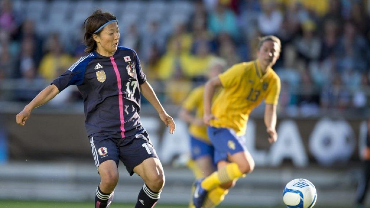 لاعبة يابانية تقرر الإنضمام لفريق الرجال لكرة القدم