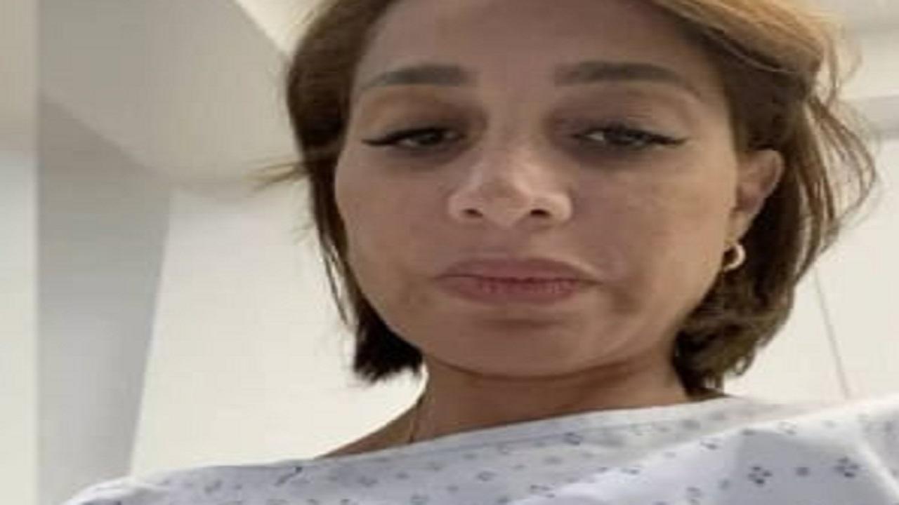 بالفيديو.. بسمة وهبة من غرفة العمليات: لو مكنش عند حضرتك مانع بتعالج بره !