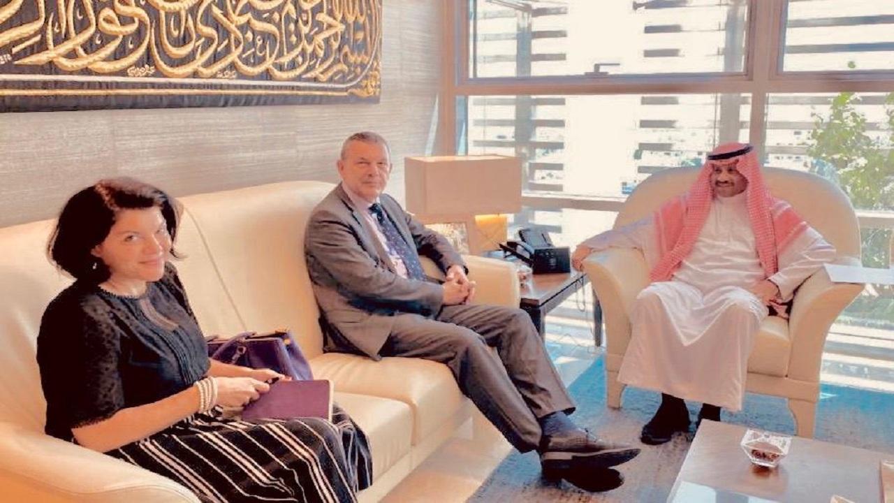 سفير المملكة لدى الأردن يلتقي المفوض العام للأونروا