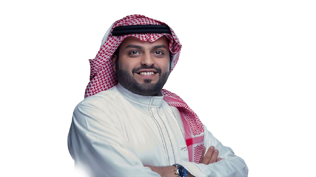 """منصور الرقيبة يعتزل """"سناب شات"""" بصورة مجمعة"""