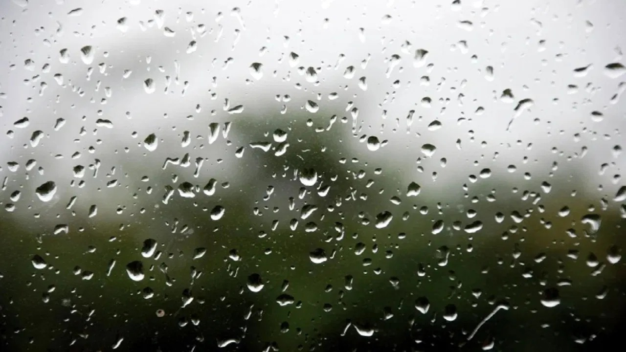 3 مناطق على موعد مع الأمطار وحبات البرد