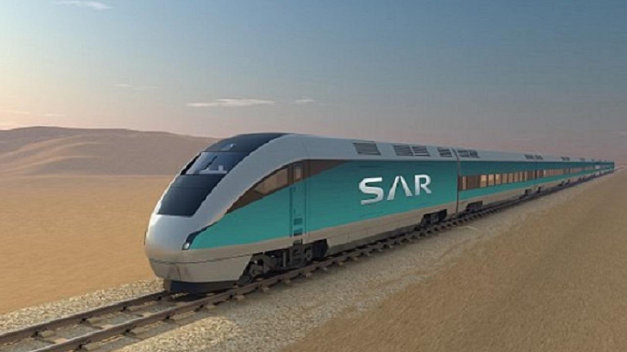 """""""الشورى"""" يوجه الخطوط الحديدية بخفض أسعار نقل البضائع والركاب"""